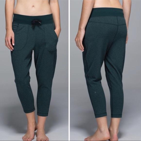 lululemon athletica Pants - Lululemon Pants Free Fall Crop Green Drawstring 6